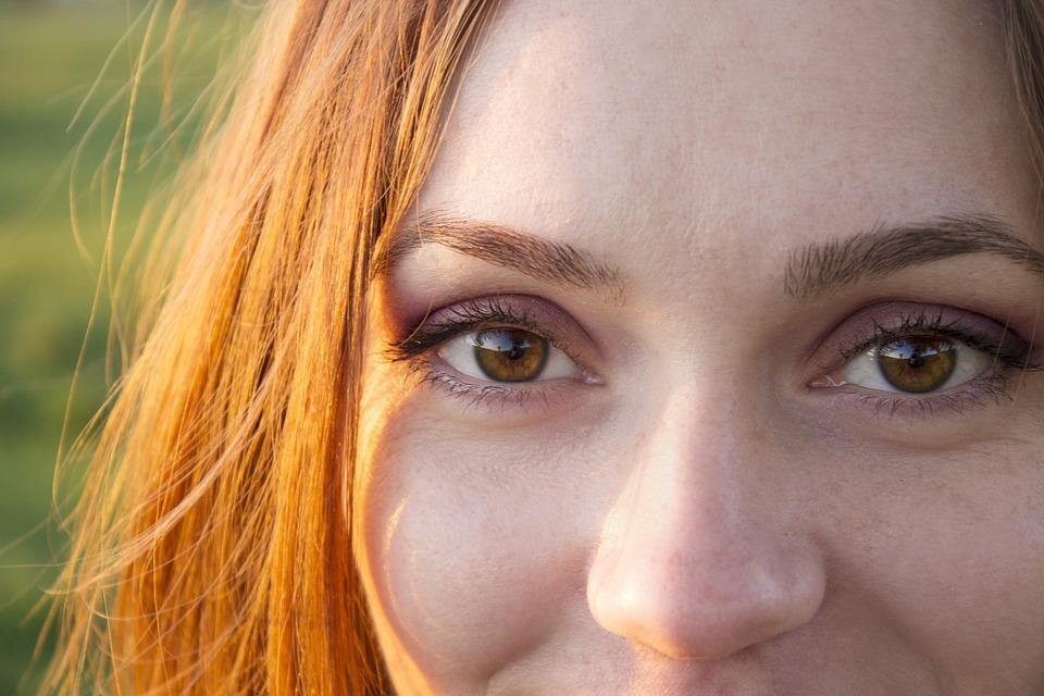 Øjenlågsoperation for alle med tunge øjenlåg